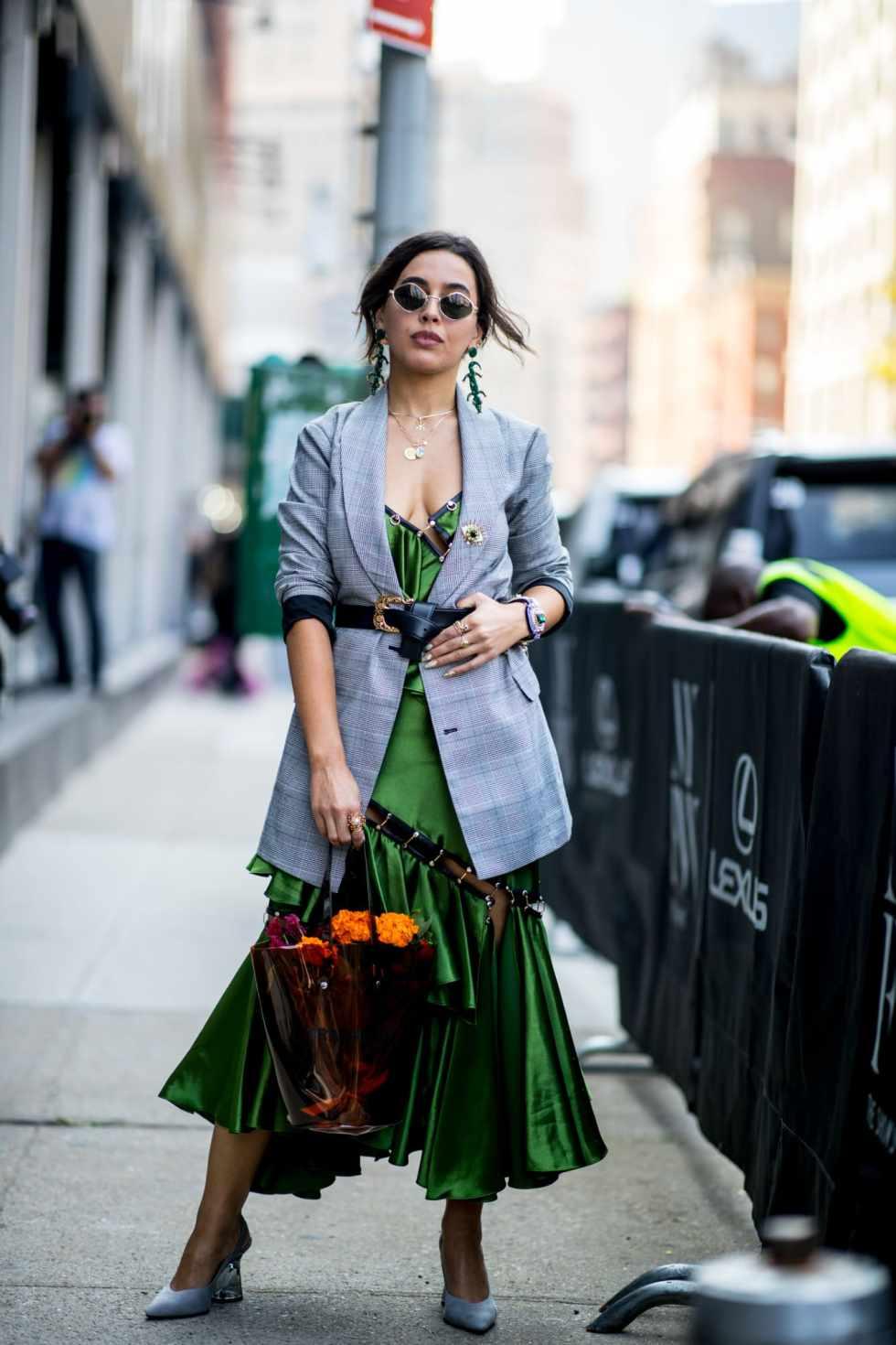 new-york-fashion-week-street-style-spring-2019-day-1-27