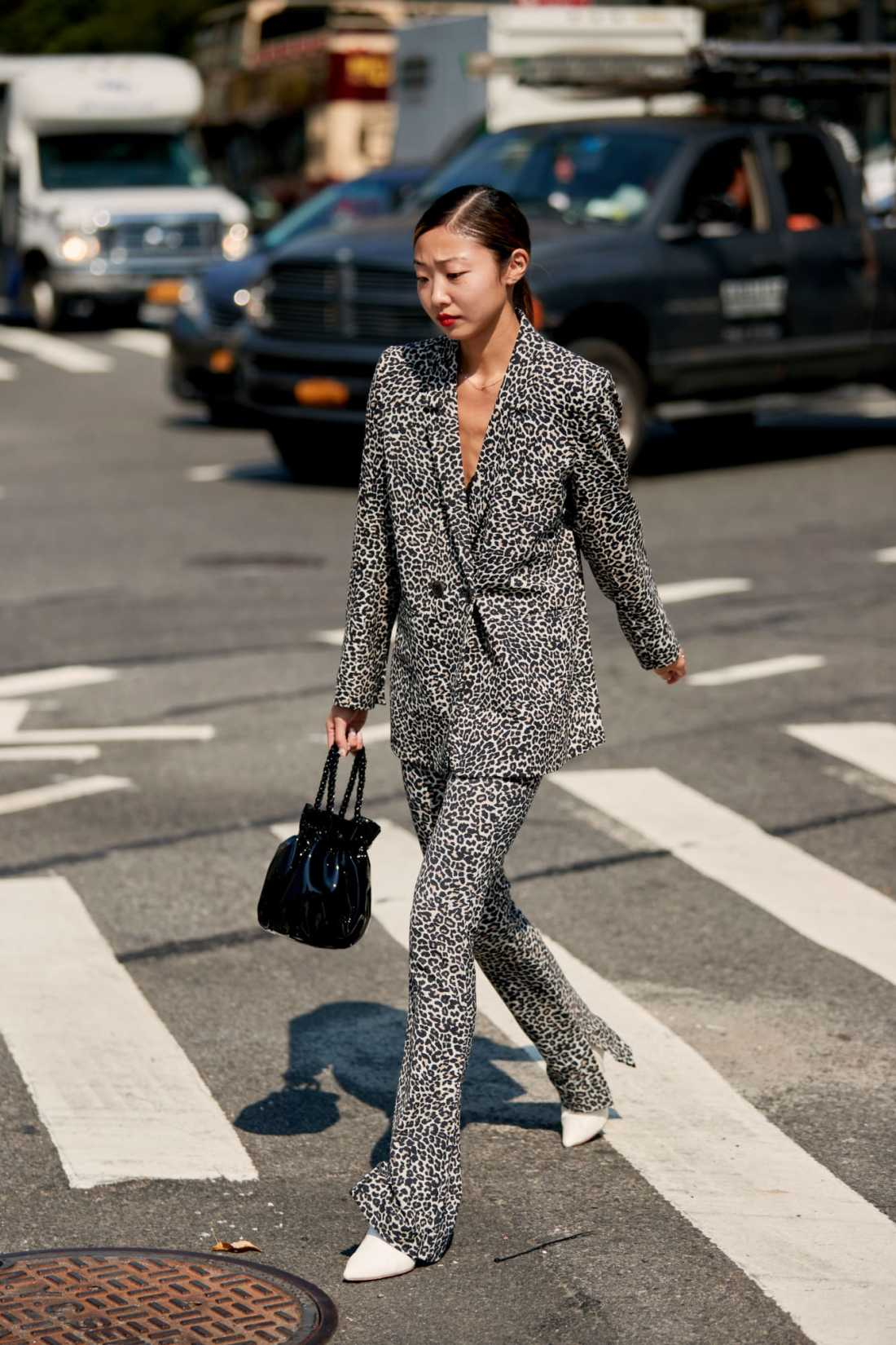 new-york-fashion-week-street-style-spring-2019-day-1-36