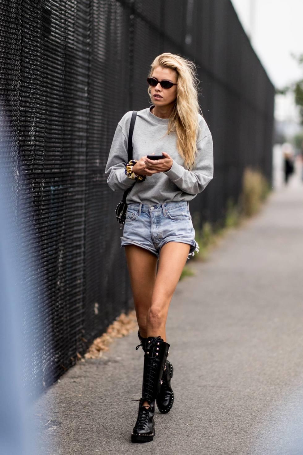 new-york-fashion-week-street-style-spring-2019-day-3-42