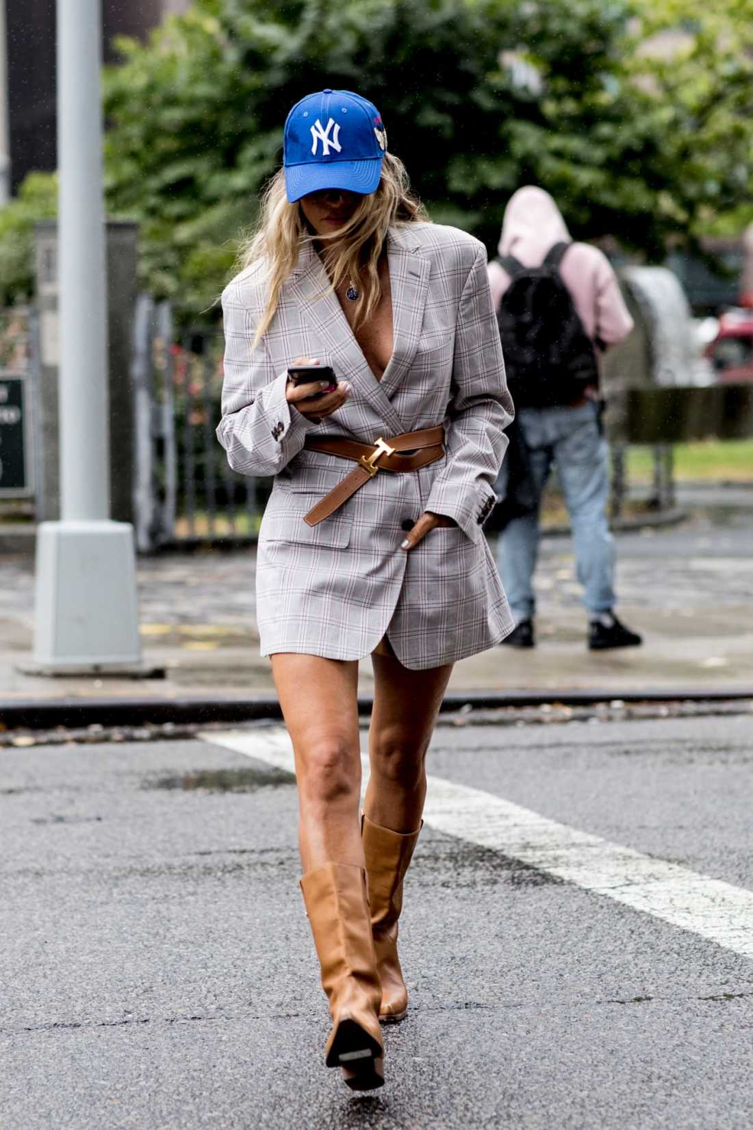 new-york-fashion-week-street-style-spring-2019-day-5-32